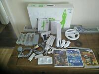 NINTENDO WII CONSOLE WHITE + WII FIT BOARD + 4 GAMES BUNDLE,