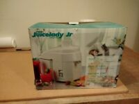 juicelady junior juicer - good condition, boxed