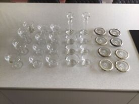 28 pieces of glass wear in setts