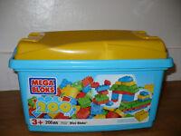 Mega Bloks Mini Building Bloks 200 Piece Tub (215 bloks included). Fit Lego Duplo.Hardly played with