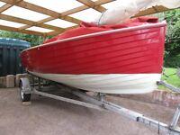 Devon Yawl DY355 Day Sailing Boat