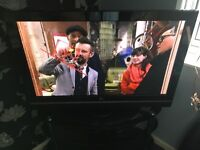 LG 42' Plasma Digital Freeview Television with Remote Control Base Stand