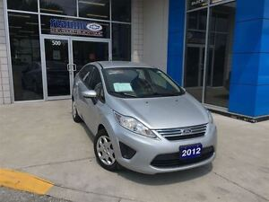 2012 Ford Fiesta SE with Brand New Tires