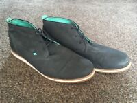 Boxfresh mens Chukka boots. Excellent condition.