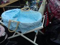 Baby's moses basket and stand