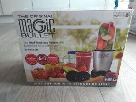 NUTRiBULLET Magic Bullet Blender, Mixer & Food Processor, 17 piece set for sale