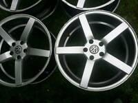 19 inch 5x112 alloys wheels