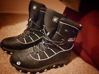 Jack Wolfskin boots size 7.5