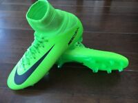Nike Mecurial Superfly V FG boots size 5.5 (worn for a couple of minutes!!!)
