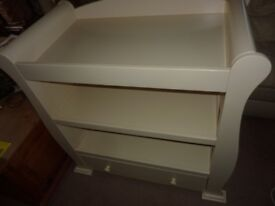 Baby's R US Sleigh Dresser Changing Unit Cream VGC Hardly Used Original Cost £175
