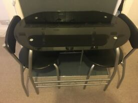Small 2 seater breakfast bar/table