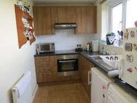 A 2 bedroom flat in Gainsborough Road North Finchley close to tube