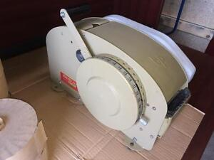 Tapeuse, colleuse, scellleuse Better Pack 333 ---- Better Pack 333 taping machine