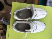 Golf shoes UK size 2 kids junior