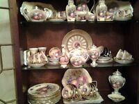 Aynsley vintage china,dinner, tea,coffee sets numerous things.approx 85 items