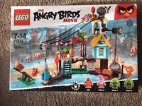 Lego Angry Birds Pig City Teardown NEW
