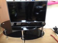LG 32' tv and stand