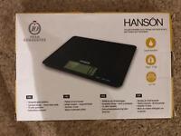Hanson Solar Powered Kitchen Scales