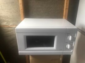 microwave it is in good condition and in working order pick up only