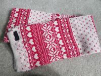 Ladies scarve / scarf