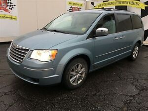 2010 Chrysler Town & Country Limited, Automatic, Navigation, Lea