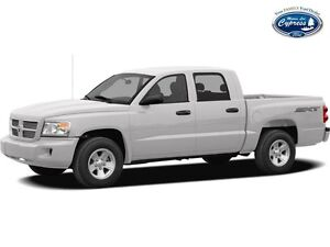 2008 Dodge Dakota SXT (Tonneau Cover  Hitch  4x4)