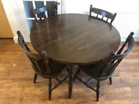 Round Classic Wood Table And 4 Chairs