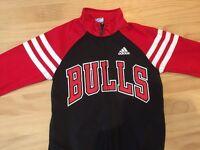 Kids Adidas Chicago Bulls warm up jacket (age 9-11)