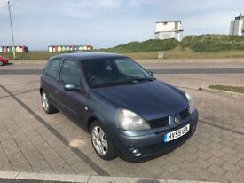 2005 Renault Clio, 87000 Miles taxed and mot'd