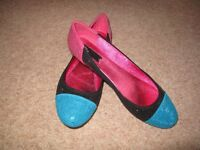 Ladies pumps - pink/turquoise and black - size 41 brand new