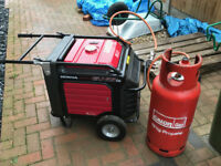 Honda dual fuel inverter generator EU65is - Great condition, long runtime!