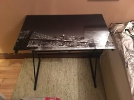 New glass table for sale hardly used only bought a month ago
