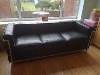 3 Seater Black leather sofa - Le Corbusier style