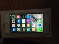 iphone 5 White 16GB EE all network excellent condition