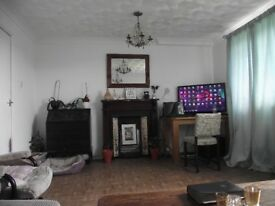 3 Bed Portsmouth for 3 Bed Wiltshire, Dorset or North Hampshire (Salisbury, Bournemouth, Romsey)