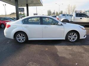 2014 Subaru Legacy Cambridge Kitchener Area image 4