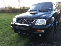 Mitsubishi L200 breaking for parts