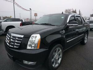 2013 Cadillac Escalade EXT, AUTO, DVD, NAV, AWD, LUXURY LOADED!