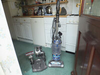SHARK VACUUM CLEANER NVP500 - LIFT AWAY WITH CADDY TRAY