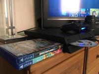 PS4 500GB / 1 Controller / 3 Games
