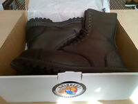 Grinders 14 Hole Steel Toe Boots Size 9