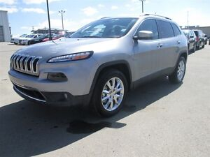 2016 Jeep Cherokee LIMITED 4x4 NAV / V6 / SUNROOF / HEATED LEATH