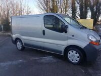 RENAULT TRAFIC SILVER GREAT RUNNER SIMILAR TO VAUXHALL VIVARO