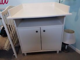 Changing Table 0-4 years