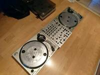 Dj turntable setup