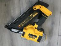Dewalt DCN692 first fix nail gun