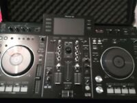 Pioneer XDJ-RX with Magma carry case