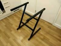 Sturdy keyboard stand