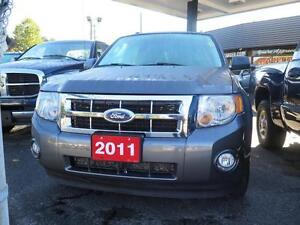 2011 Ford Escape Cambridge Kitchener Area image 2