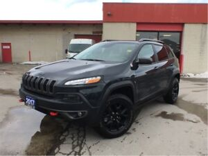 2017 Jeep Cherokee TRAILHAWK**TOW PACKAGE**LEATHER**NAVIGATION**